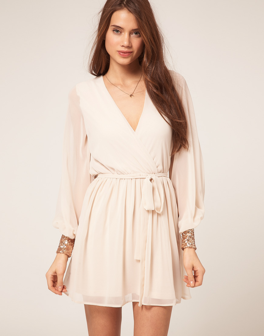 Date Outfits: 3 Dresses Perfect For a Spring First Date | Midtown Girl
