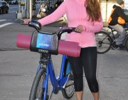Midtown Girl by Amy Chandra - Yoga Girl, Yoga Outfit, Yoga Fashion (2)