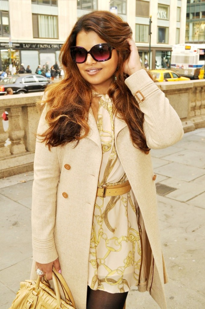 Midtown Girl By Amy Chandra - Tan In The City Trench Coat Style NYC 1 (1)